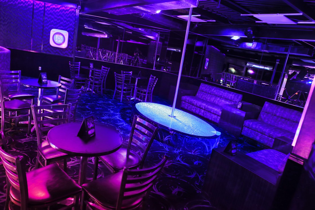 Night Trips - Private Stage and Booth - VIP